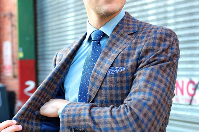 Get spotted this summer in the perfect dotted tie 👔  Where do you wear your dots? 📸: @weatherthenorm
