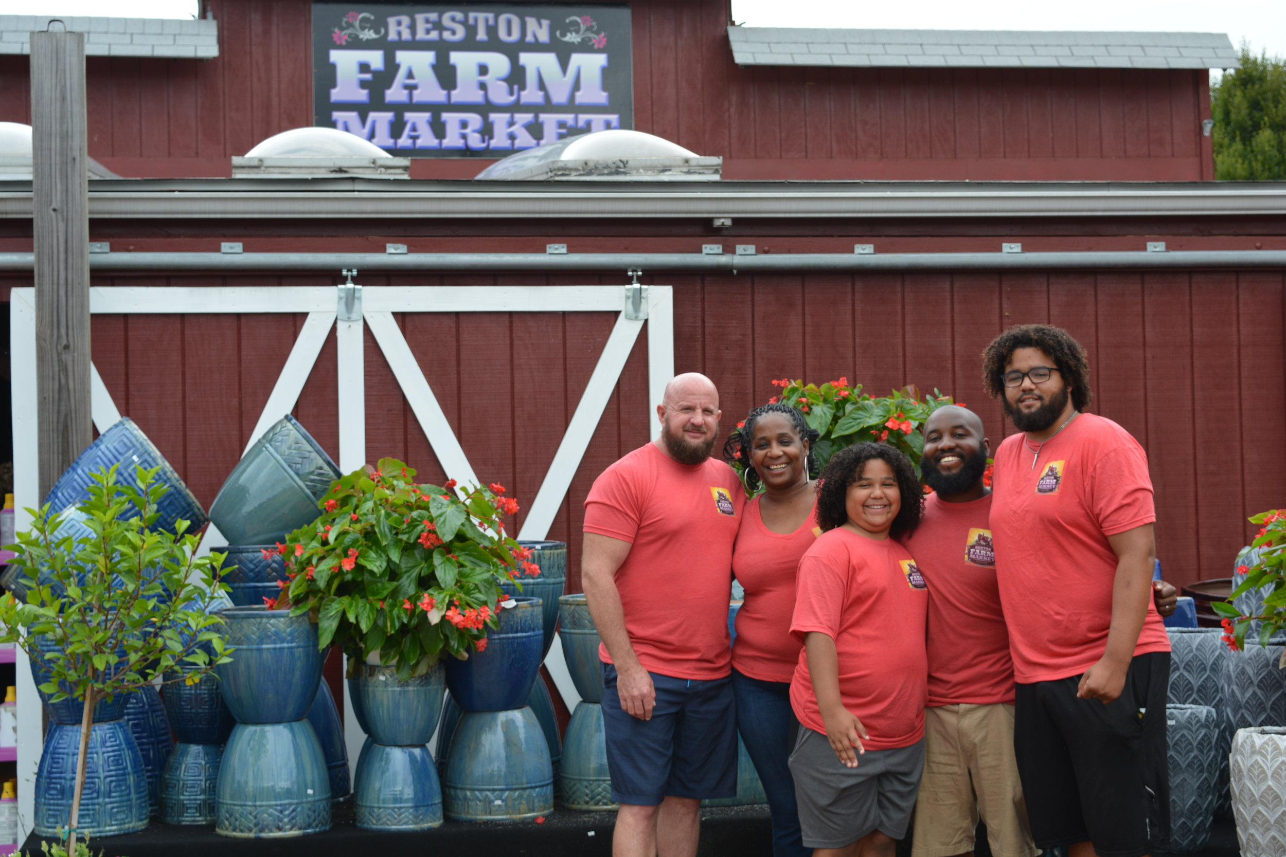 reston-farm-market-team.JPG