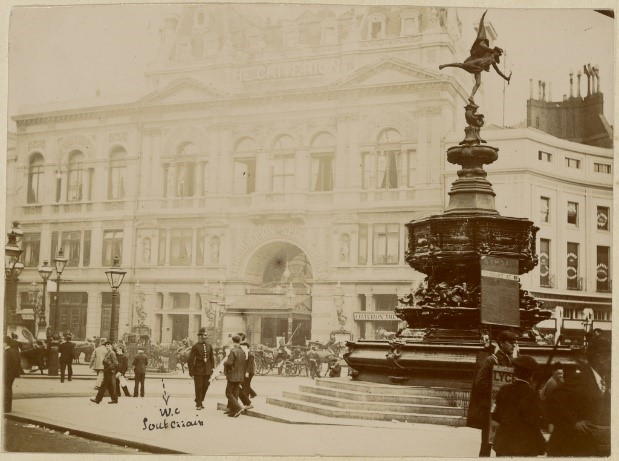 Unknown maker, French. [Piccadilly Circus and Criterion Theatre], ~1890s. Original print 8.1 x 11 cm. Gelatin silver print. Via Getty.edu.