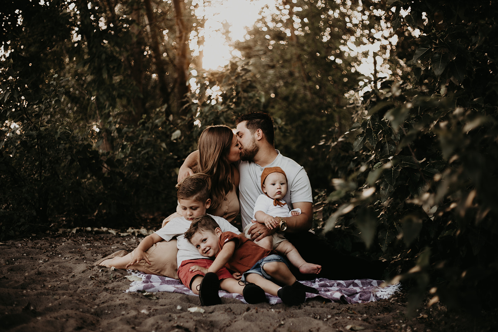 Ramirez-Family-Session-Beach-River-Moody-Mama-4593.jpg