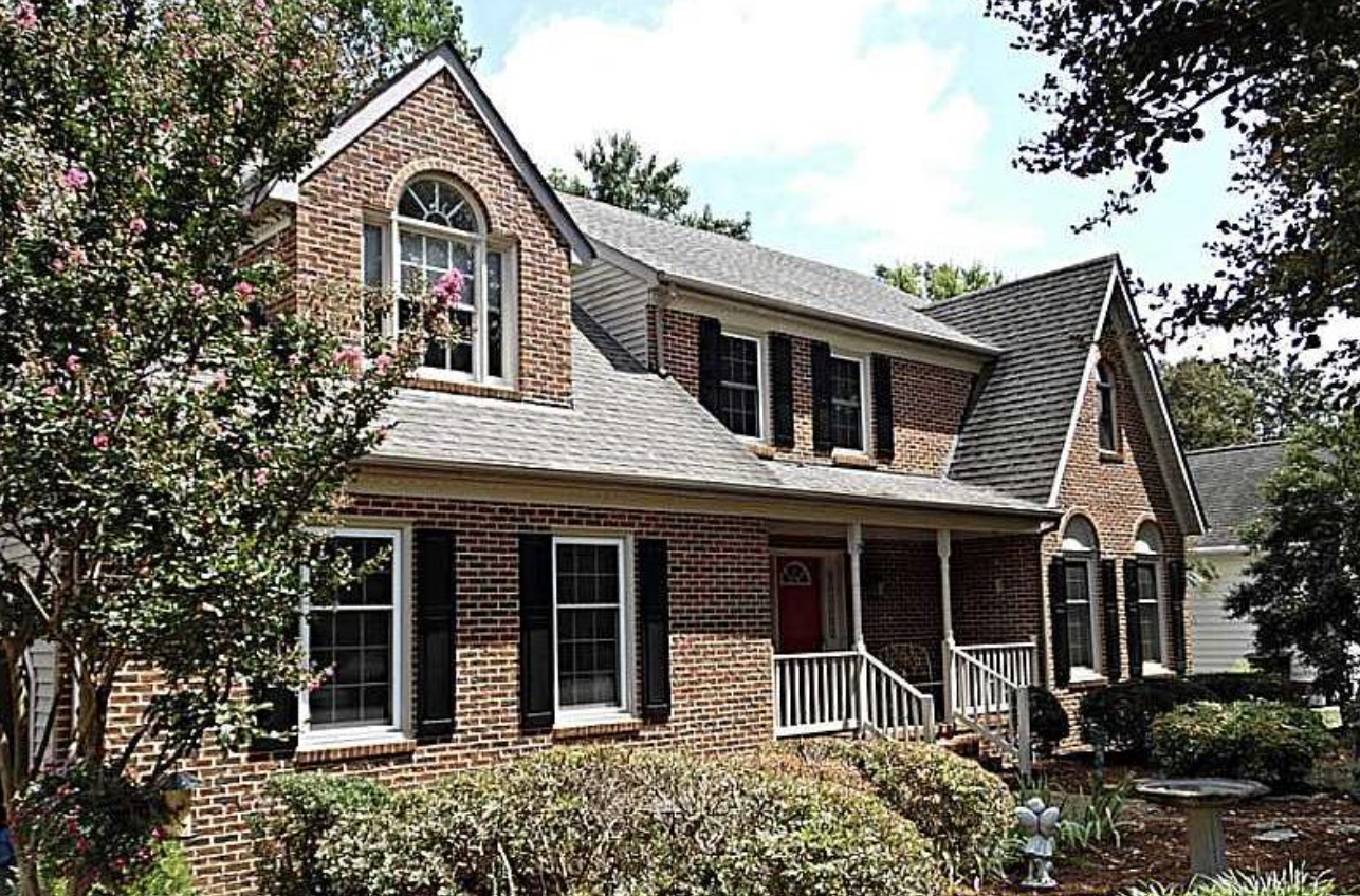 110 MILLERS COVE - GORGEOUS CUSTOM BUILT BRICK HOME