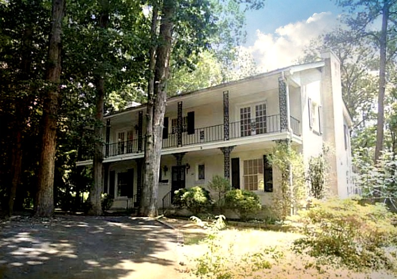 50 ARLINE DRIVE - CHARMING LAKEFRONT HOME IN DENBIGH