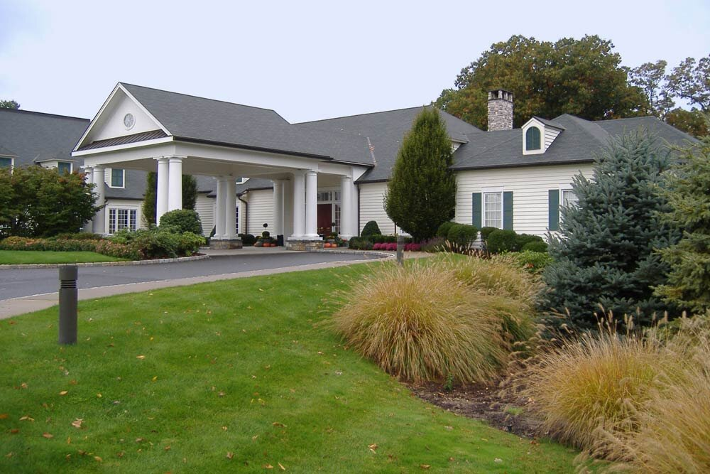Woodway-Country-golf-club-front-entrance1.jpg