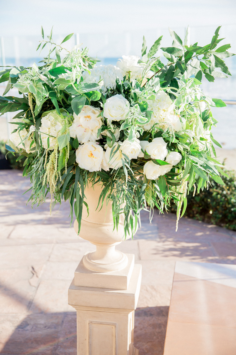 rockrosefloral.com | Rockrose Floral Design | Four Seasons Biltmore Weddings | James and Jess Photography | Wedding Florists in Santa Barbara and Southern California _ (8).jpg
