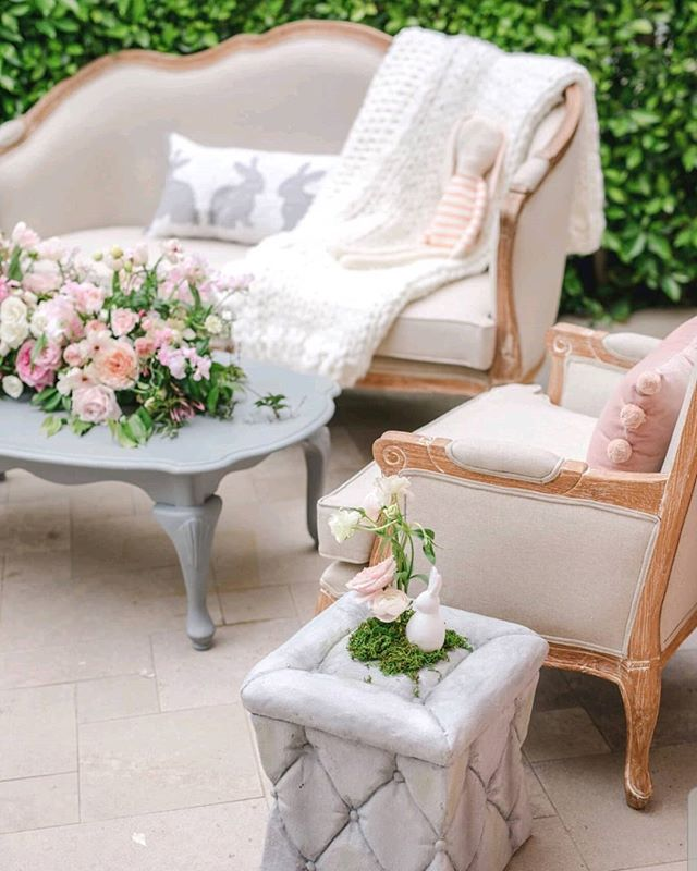 Cutest little lounge vignette by @magnoliaed 💟🐰👶 Photography @iheartmygroom  Event Design & Planning @magnoliaed  Rentals @brighteventrentals . . . . #rockrosefloral #hotelbelair #babyshowerideas #eventdesign #designinspo #pinkflowers #loungestyle #losangelesweddingflorist #babyshower #eventflorist #floralinspiration #cutecute #pursuepretty #floralinspo