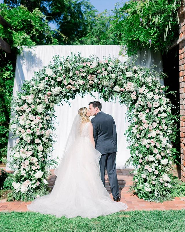 More beautiful images in our inbox from @jessfairchild 💕 🙌🏼 Congrats Mandi and Ryan! Event design & planning @magnoliaed  Venue @belmondelencanto  Hair and Makeup @teamhairandmakeup  Videographer @raynefilms  DJ @elitediscjockeys  Lighting and Draping @bellavistadesigns  Rentals @brighteventrentals  Linens @bbjlinen  Invites @oakorchid Partyware @otisandpearl . . . . . . #rockrosefloral #weddingday #weddingarch #santabarbarawedding #blushwedding #romanticwedding #classicweddings #santabarbaraweddingflorist #modernbride #luxurywedding #bridestyle #805wedding #weddingdecor #weddinginspo #designinspo #floralinspiration #floralperfection