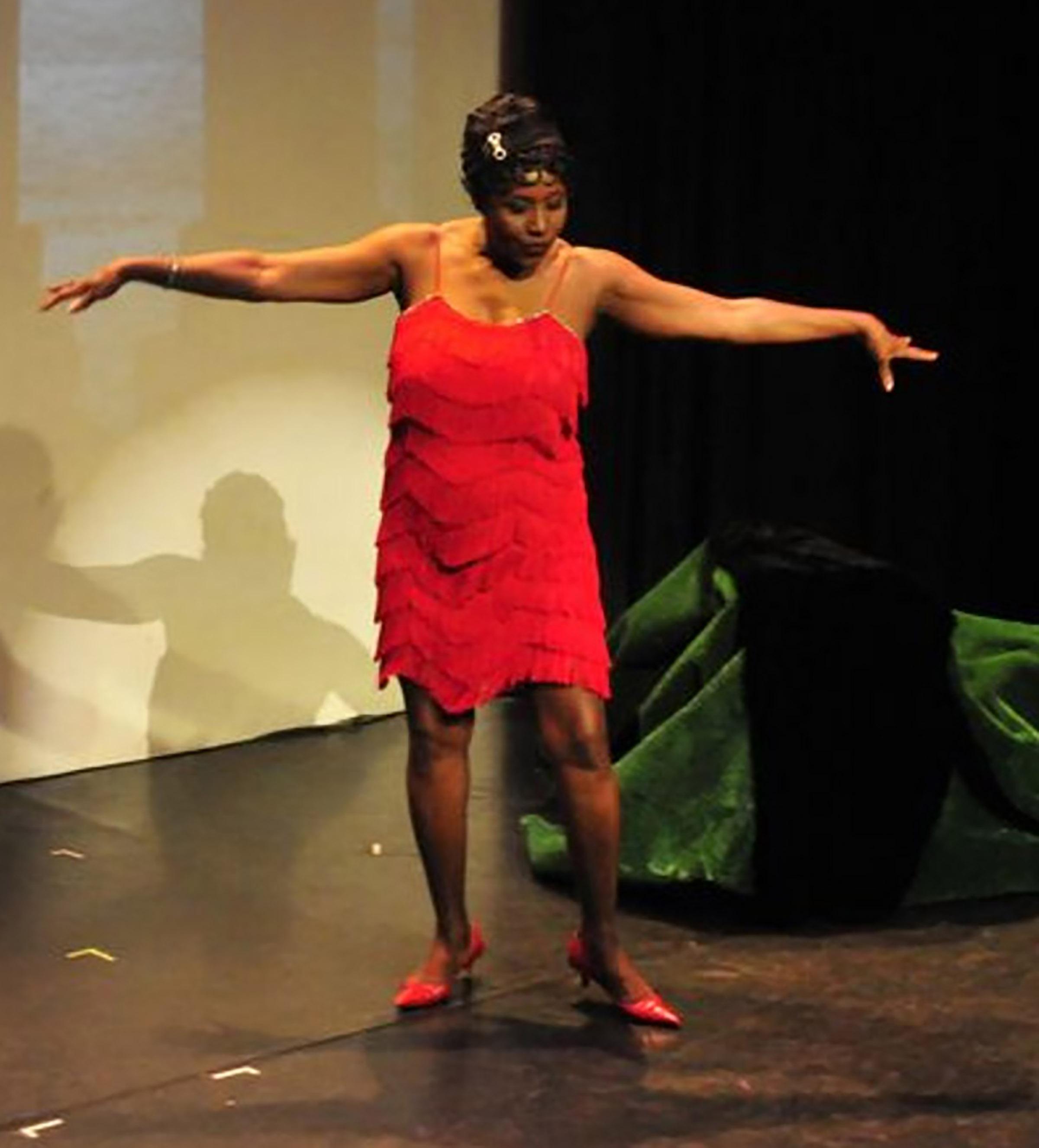 Rose as Ethel_Arms long-2.jpg