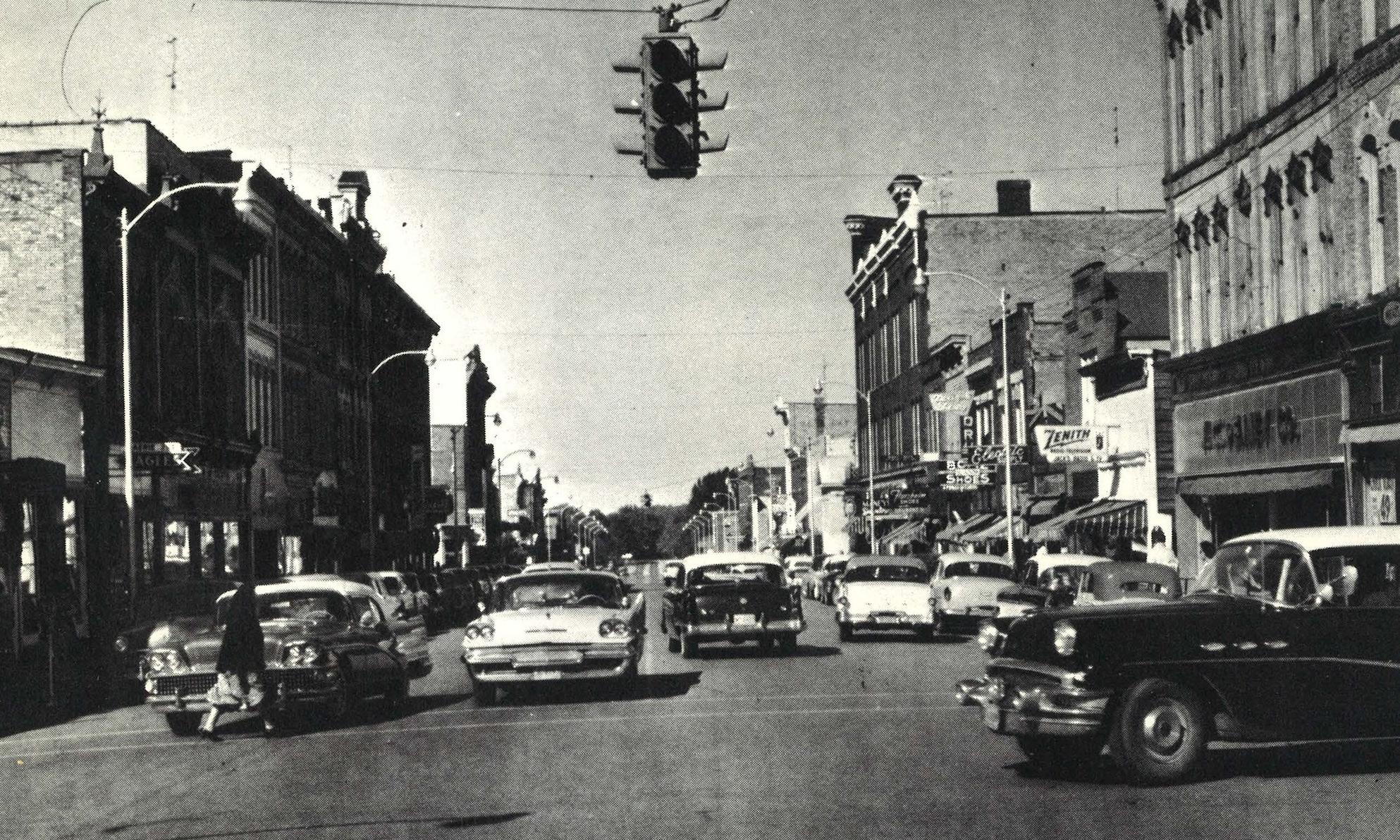 1961 -
