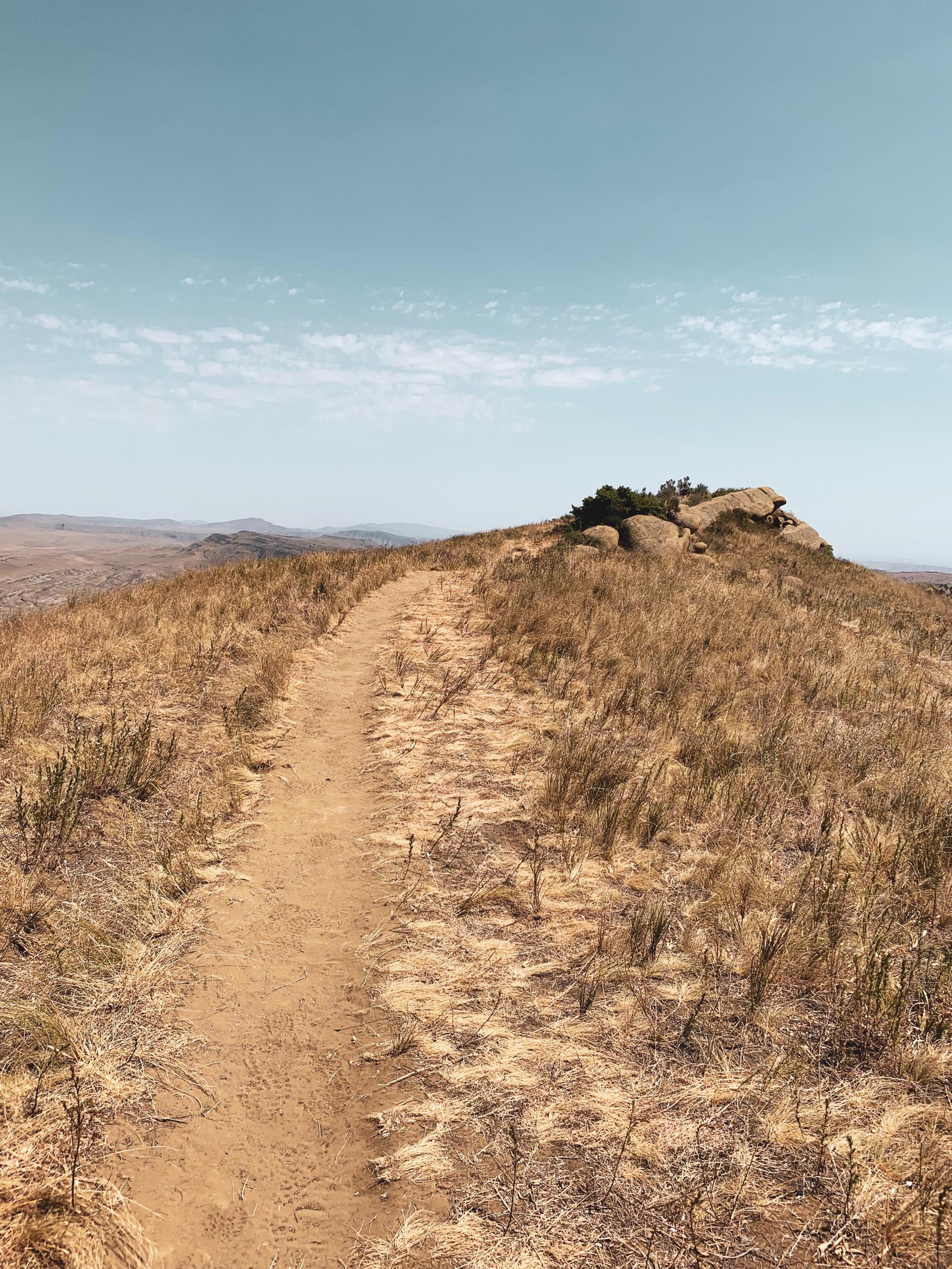 This hiking trail marks the border of Azerbaijan and Georgia