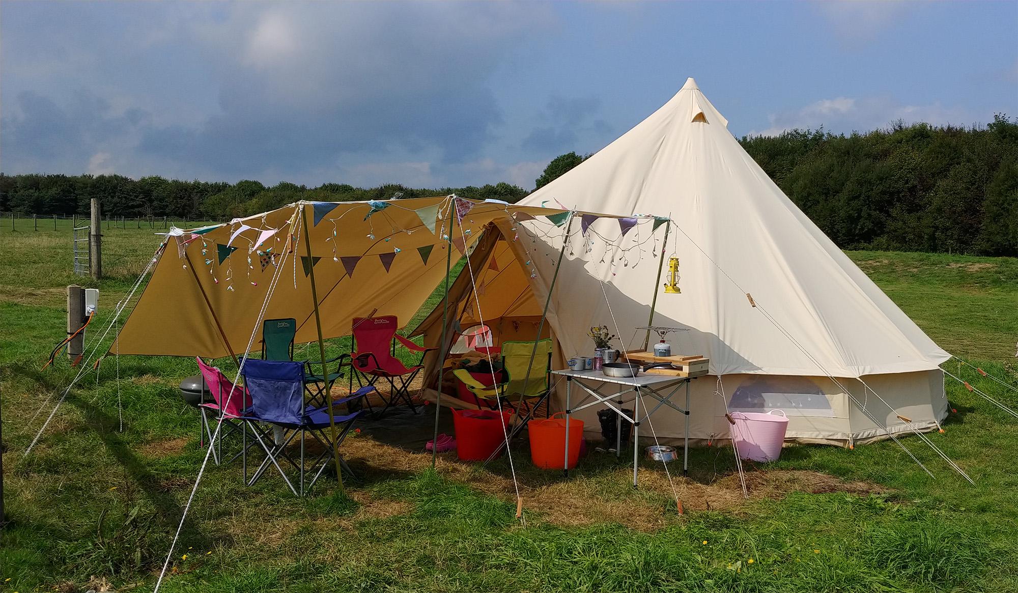 STN-IoW-Fakenham-Farm-Campsite-Bell.jpg