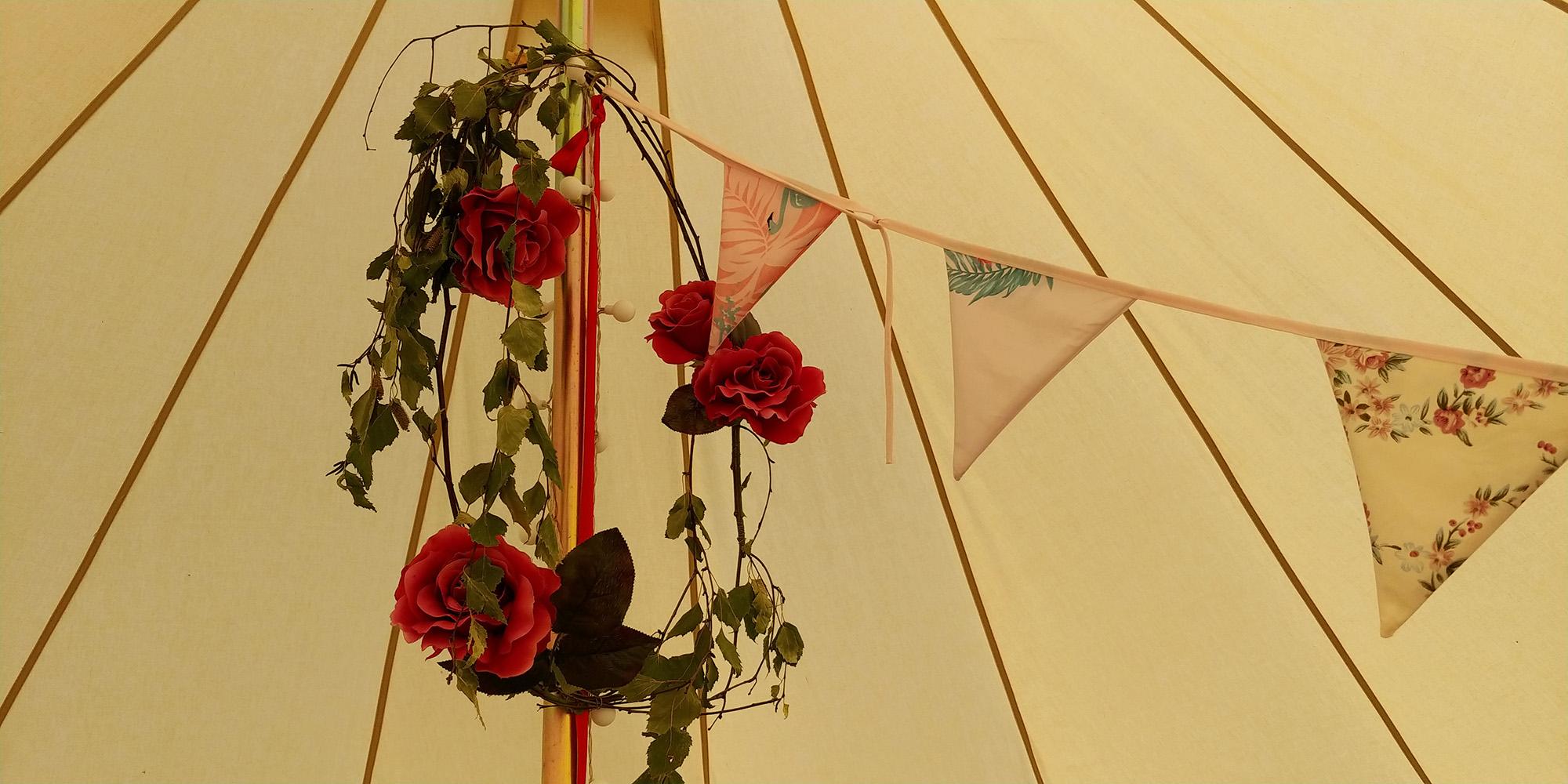 STN-IoW-Fakenham-Farm-Campsite-Ceiling.jpg