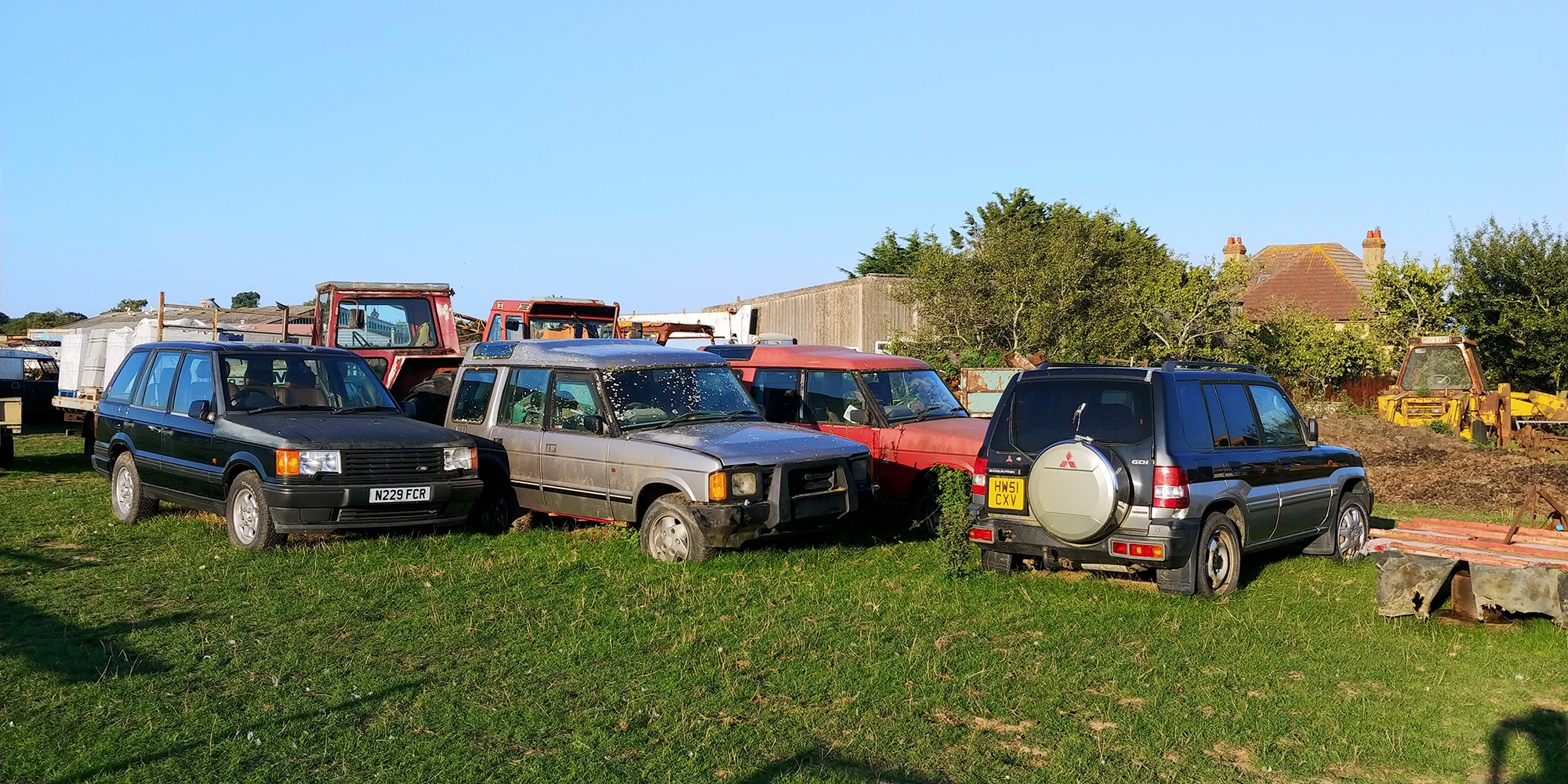 Why so many abandoned vehicles? Unclear. But fun :-)