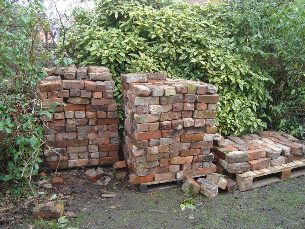 How To Build Raised Beds From Reclaimed, How To Make Raised Garden Beds With Brick