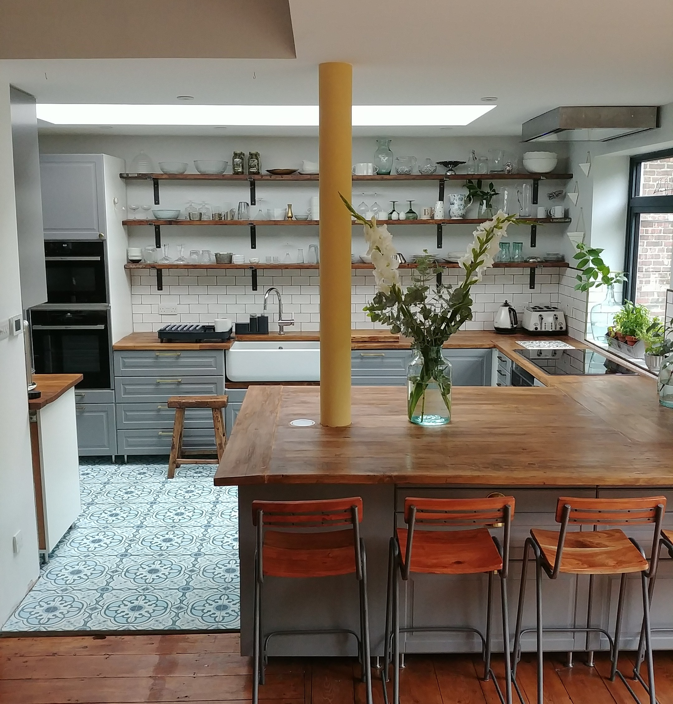 STN-Kitchen-DIY-Rustic-Scaffold-Board-Shelves