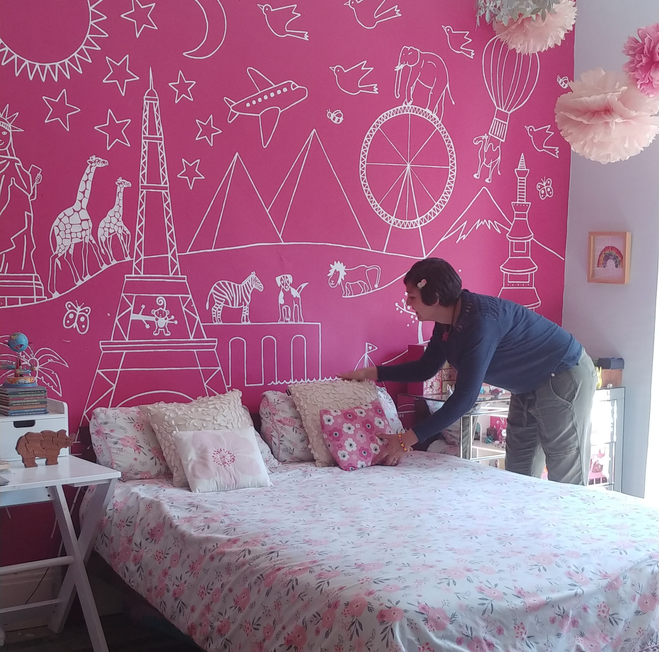 Our eldest girl's bedroom gets the Naomi treatment.