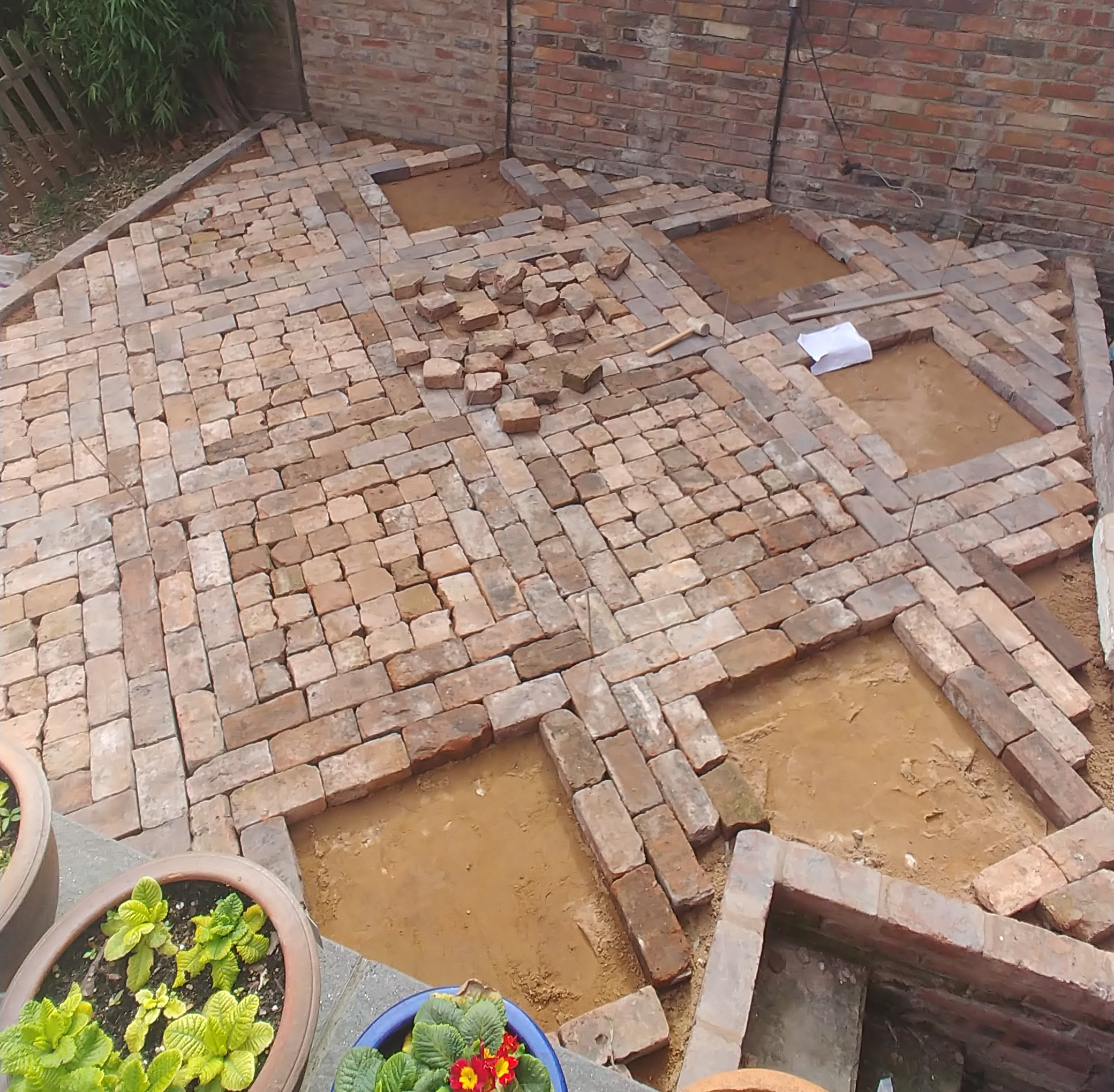 Walkways are done, let's lay some cobbles.