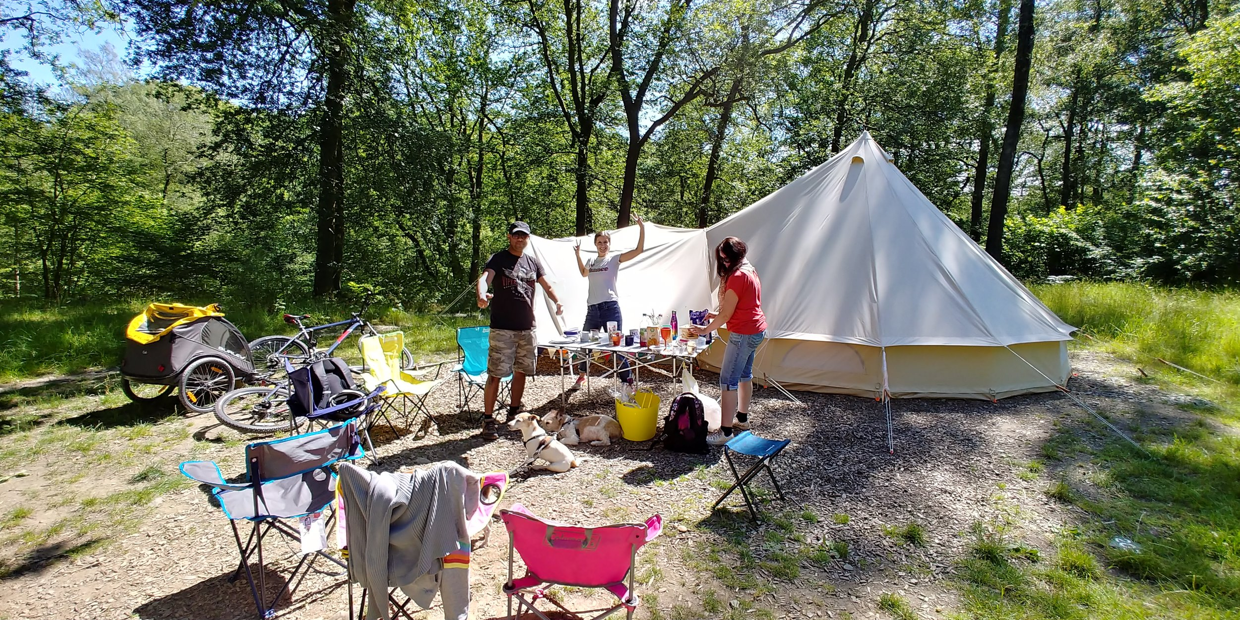 Friday night feels.