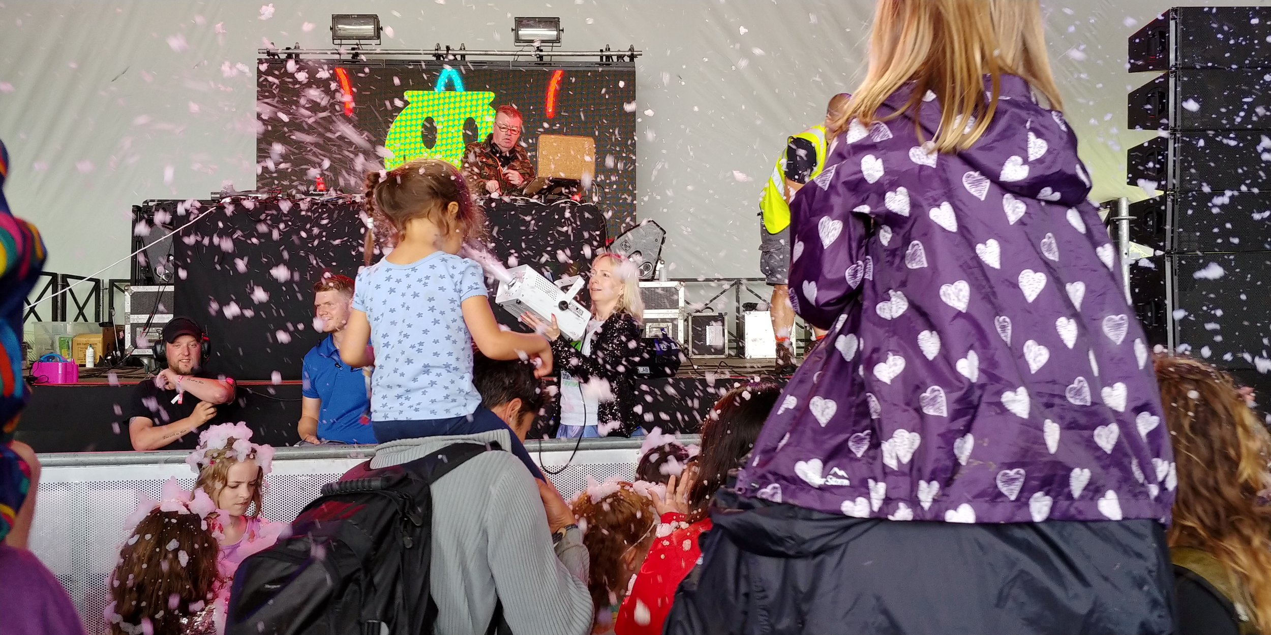 The foam cannon at Big Fish Little Fish. That's my youngest girl in the blue t-shirt.