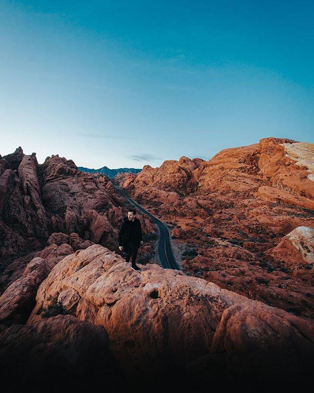Swipe for me walking on a rock at sunrise 🤷🏻♂️🌅