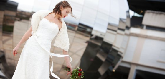 Image from www.loveactuallyweddings.co.uk