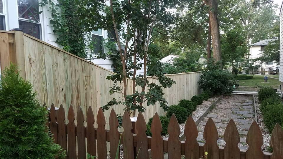 Wood Fence 07.jpg