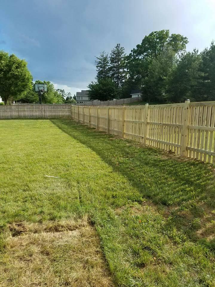 Wood Fence 19.jpg