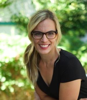 Carla Ewert -