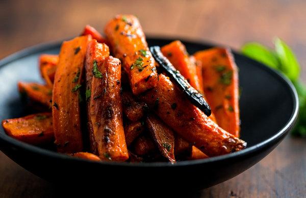 Turmeric Roasted Carrots With Cumin