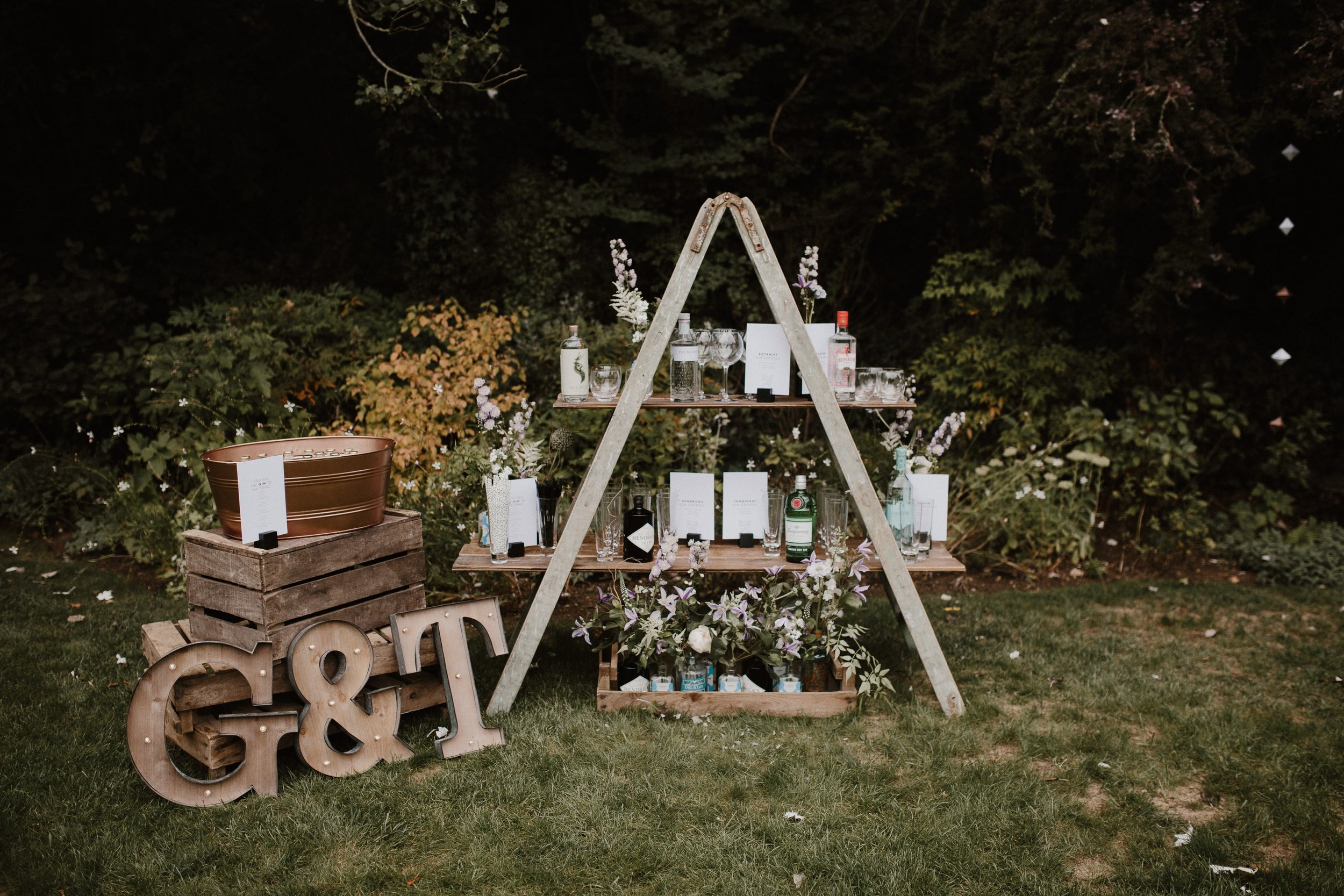 Nat and Tom - 01 - Venue and Details - Sara Lincoln Photography-17-min.jpg
