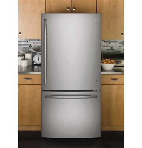 Bottom Freezer  |    Price Range: $1000 - $1500