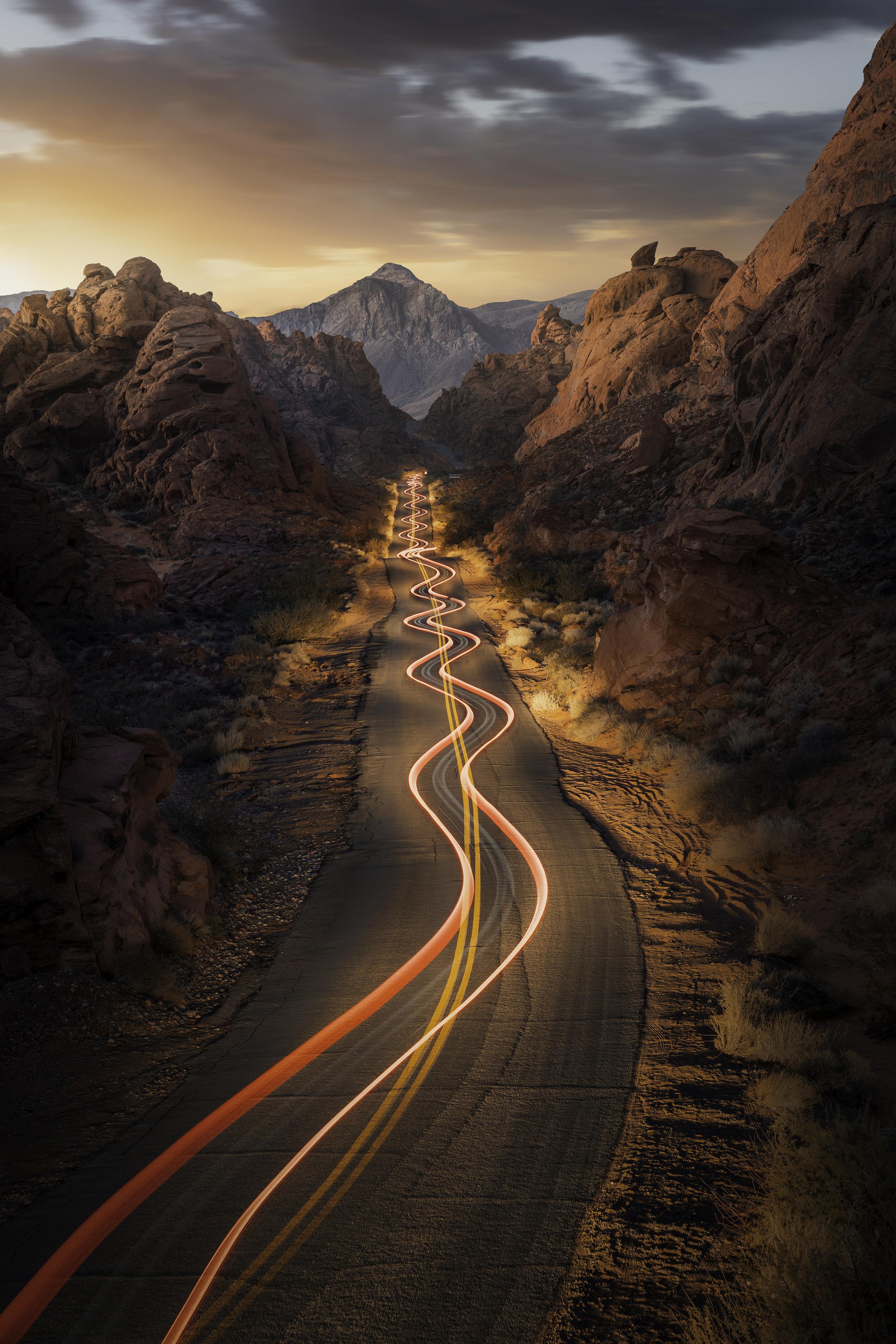 _DSC6103 - Valley of Fire Light Trail 2.jpg