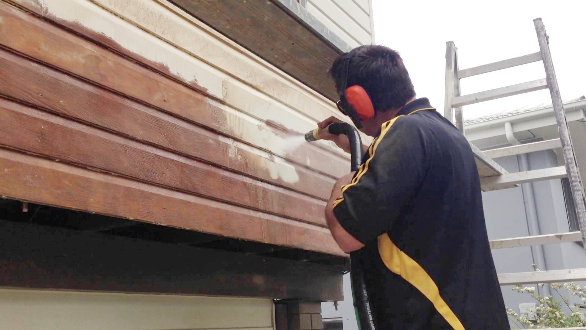 Residential - Sandblasting and Dustless Blasting concrete, brick and wood, inside the home and out.