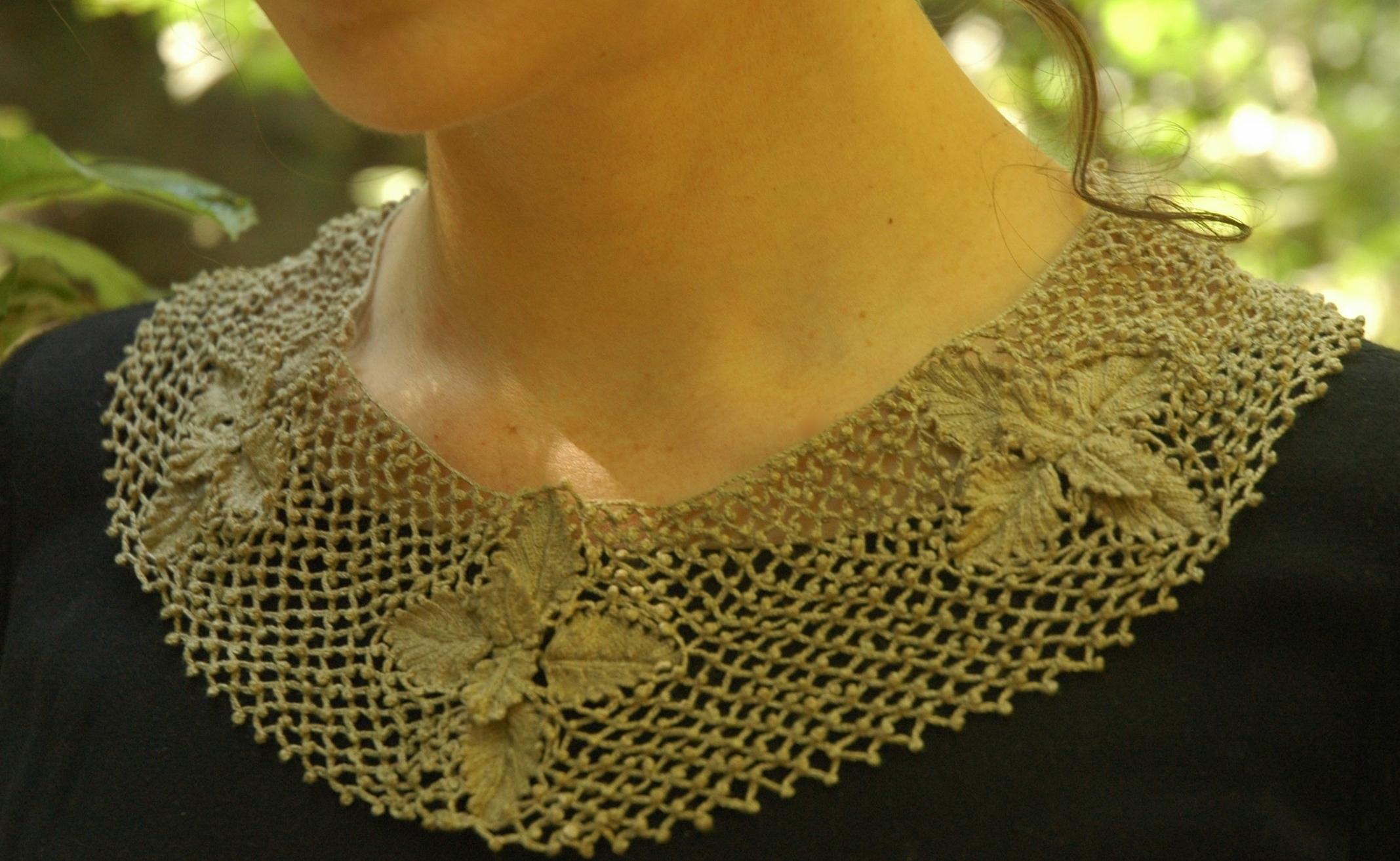 """Nepeta Cataria """"Catnip"""" Lace Collar"""
