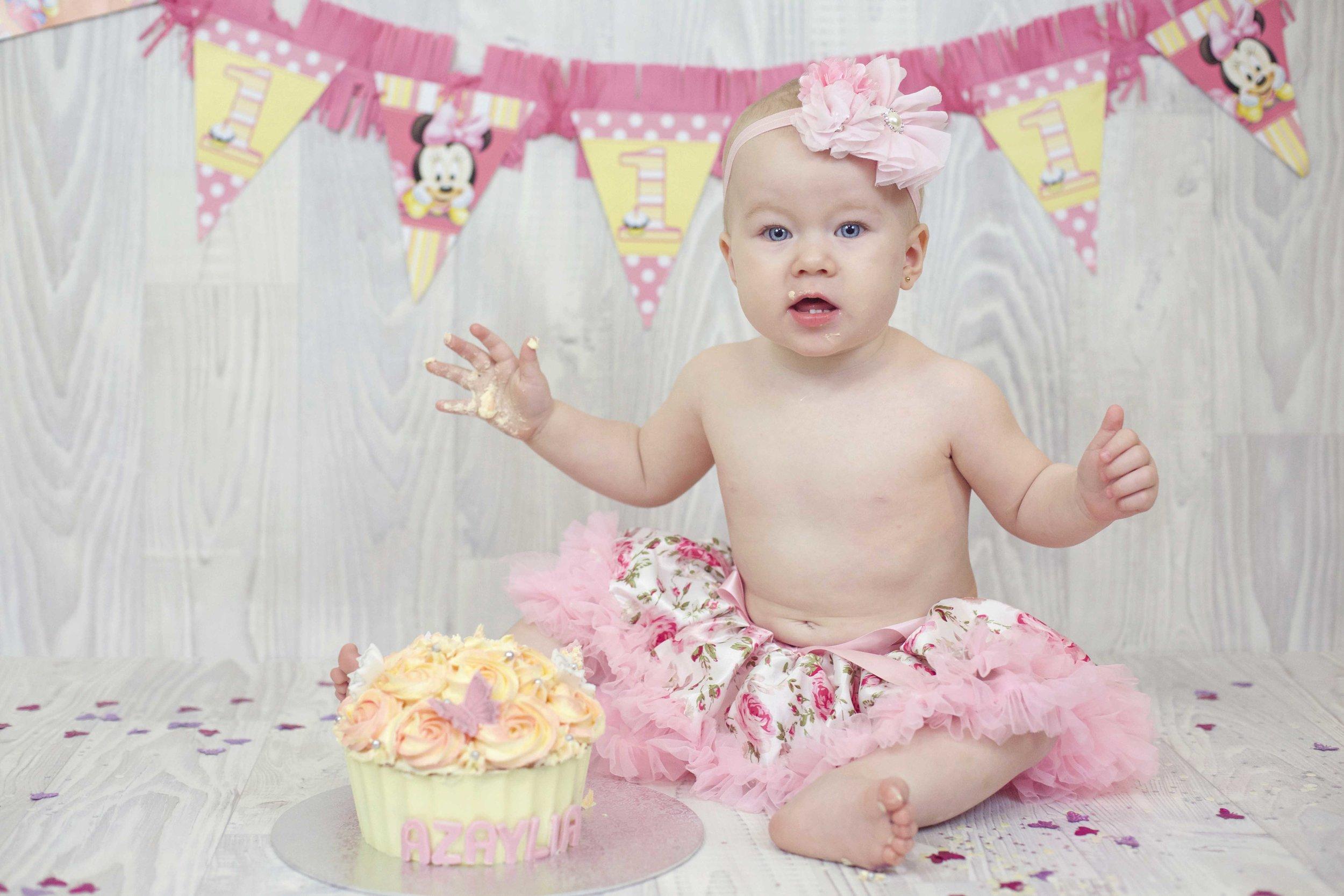 Azaylia Smash Cake review.jpg