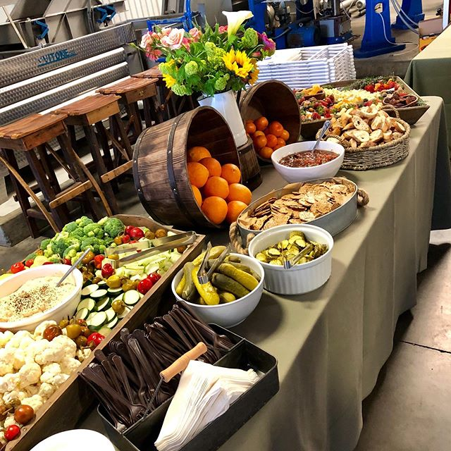 Such a great event for @ukiahnaturalfoods member appreciation dinner! Thanks to my amazing team for helping me with another great event!••••••••••••••••••••••••••••••• #ukiah #vegan #organic #liveofftheland #lovemyjob #charcuterieboard #makemoneymoves #yummy #cheflife #foodinstagram #foodinsta
