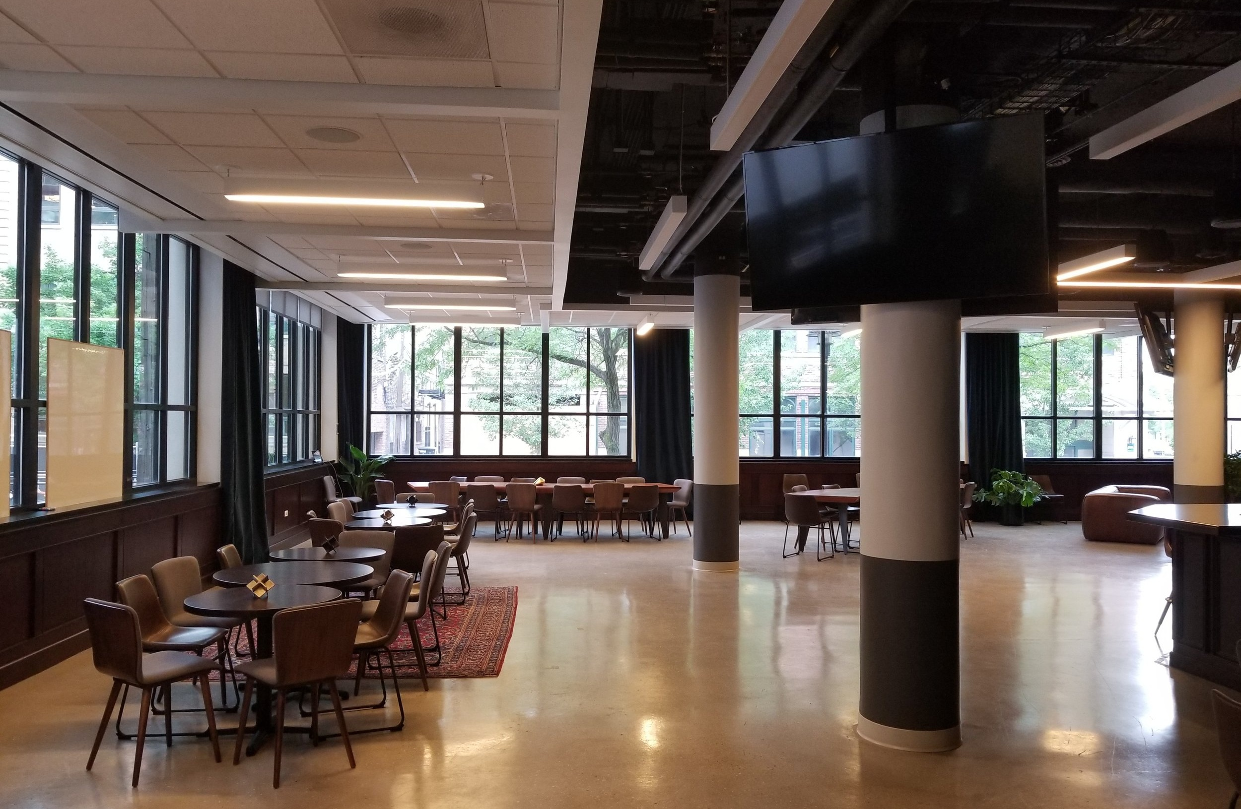 FLEXIBLE OFFICE & EVENT SPACE -