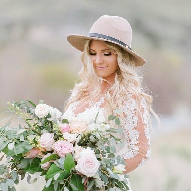 Only good vibes 🌿 @alyonaobornphotography  @plushfloral  #floraldesigner #floral #cakeartist #cakedecorating #cakesofinstagram #weddingcake #weddingphotography #weddinginvitations #stationary #calligraphy #idaho #idahofalls #idahome #idahofallsflorist #rexburgidaho #rexburgflorist #rexburgweddings #idahophotographer #utahweddingphotographer #pocatelloflorist #jacksonholeflorist #buttercreamcake #details #calligraphy_art #stationary #stationaryaddict #invitations #outdoorphotography #idahobride #idahowedding #floral #sunvalleyidaho