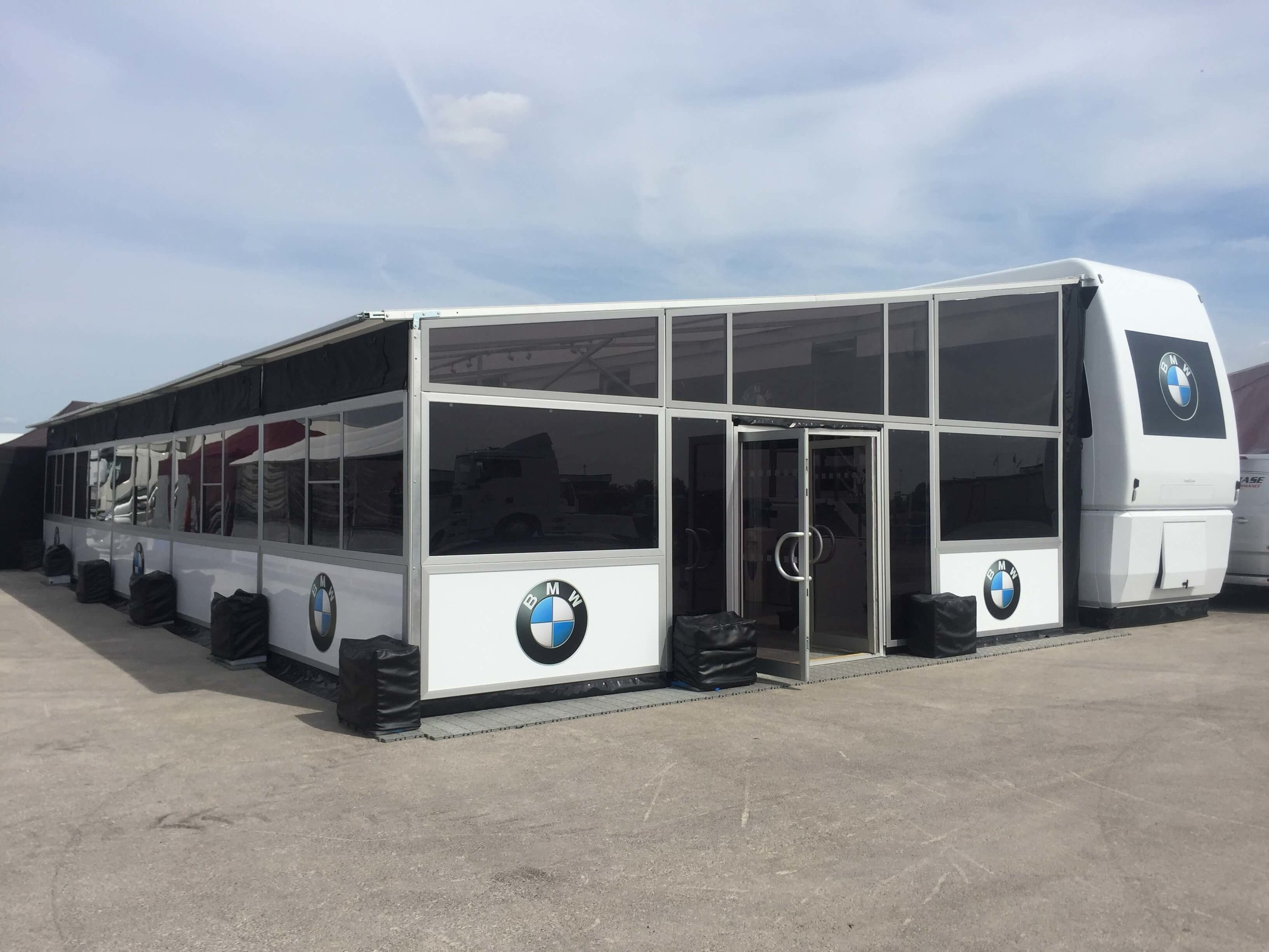 BMW Event Signs