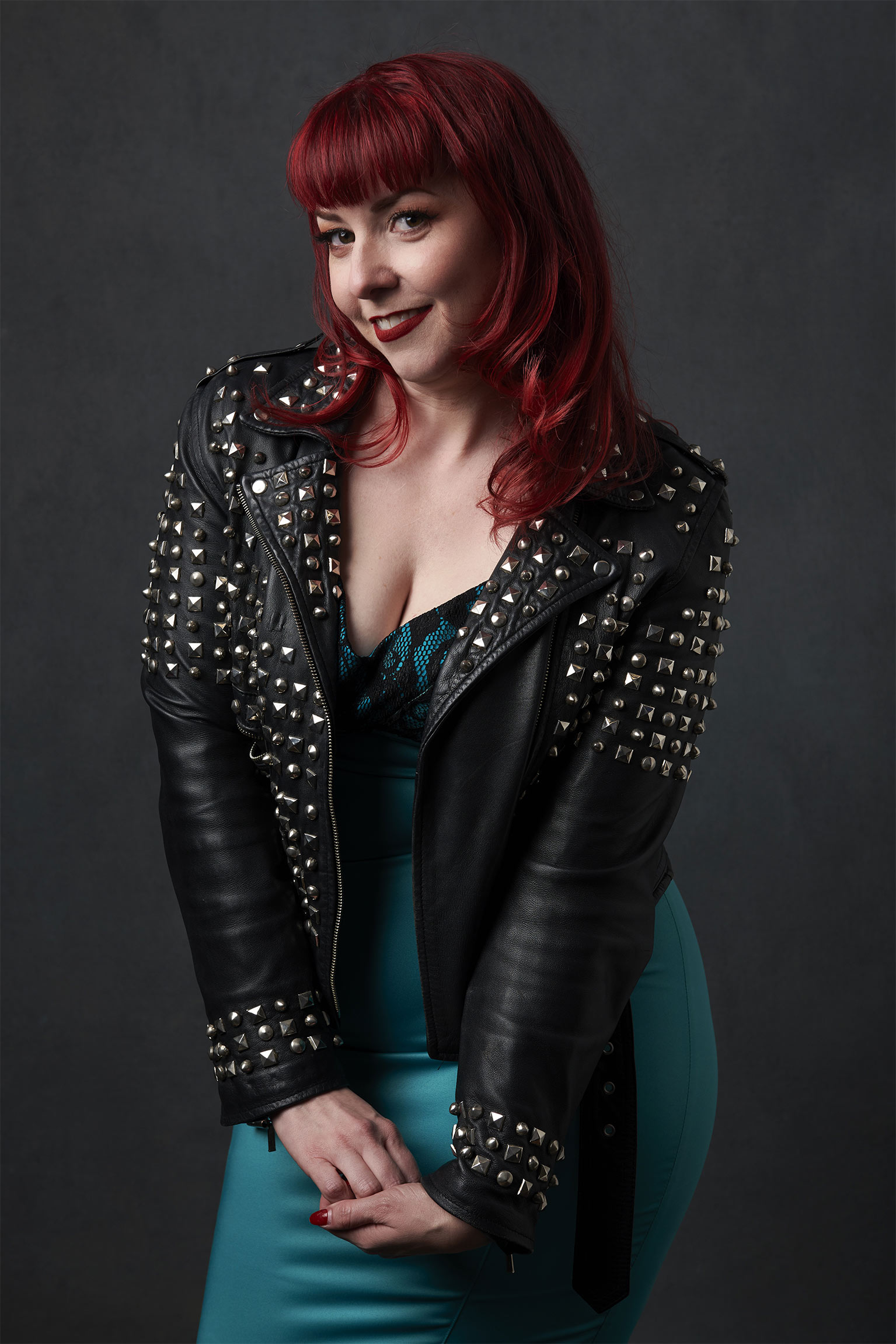 Joanna04530-redhead-woman-in-leather-jacket.jpg