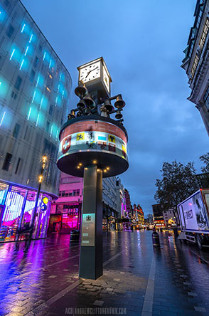London-blue-hour-leicster-square.jpg