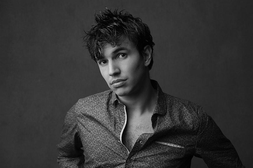 Men-portrait-black-and-white-stunning (1).jpg