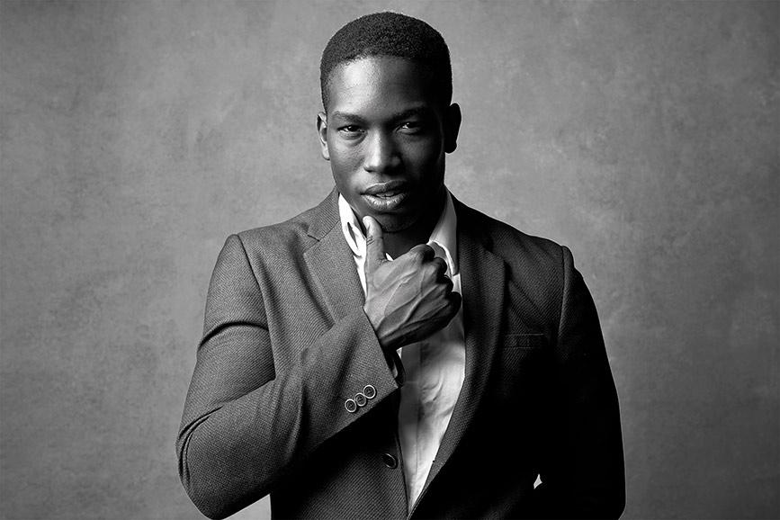 Men-portrait-black-and-white-stunning (2).jpg
