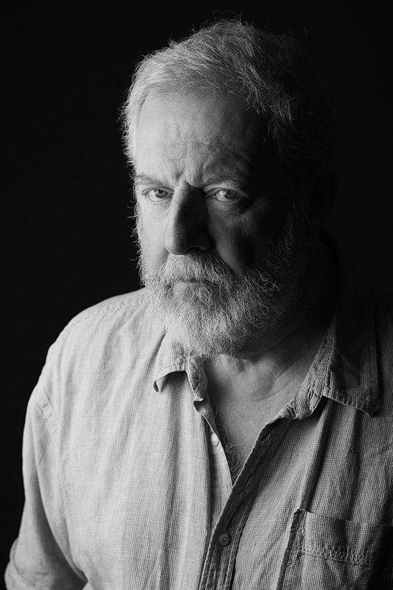 Men-portrait-black-and-white-stunning (5).jpg
