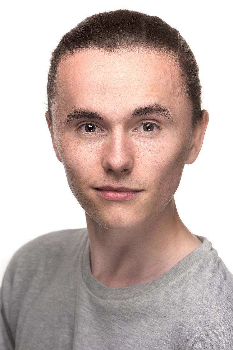 Actor-headshot-stunning.jpg