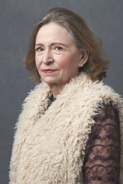 woman-portrait-older-stunning.jpg