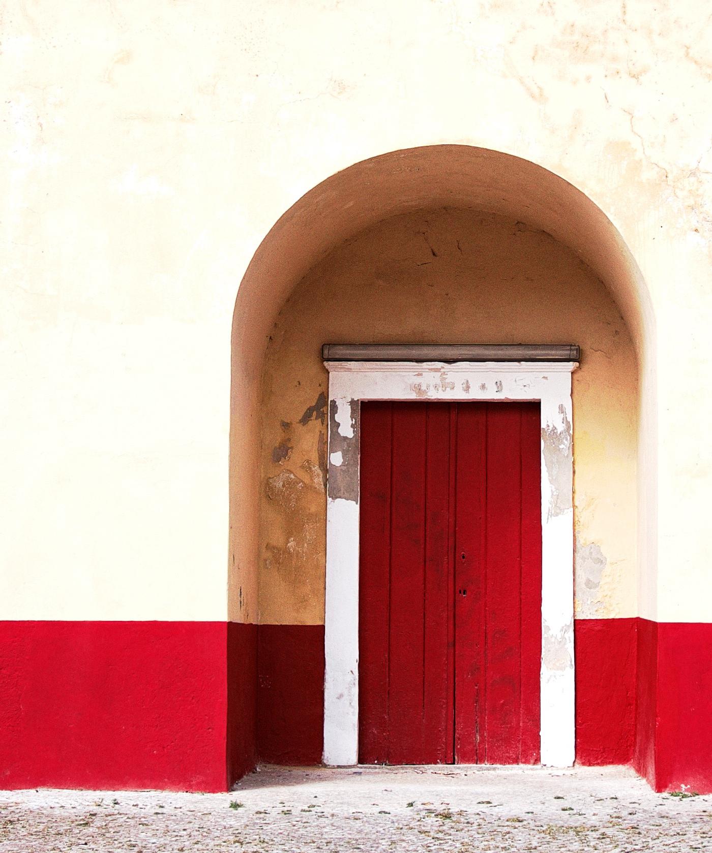 shut-the-dang-door-beth-wonson-108416-unsplash.jpg