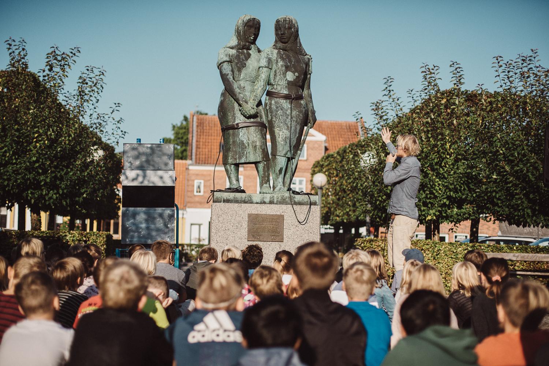 Statuerne Taler, Kunst ud til Folket
