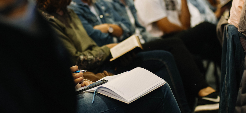 Organise a seminar or conference -