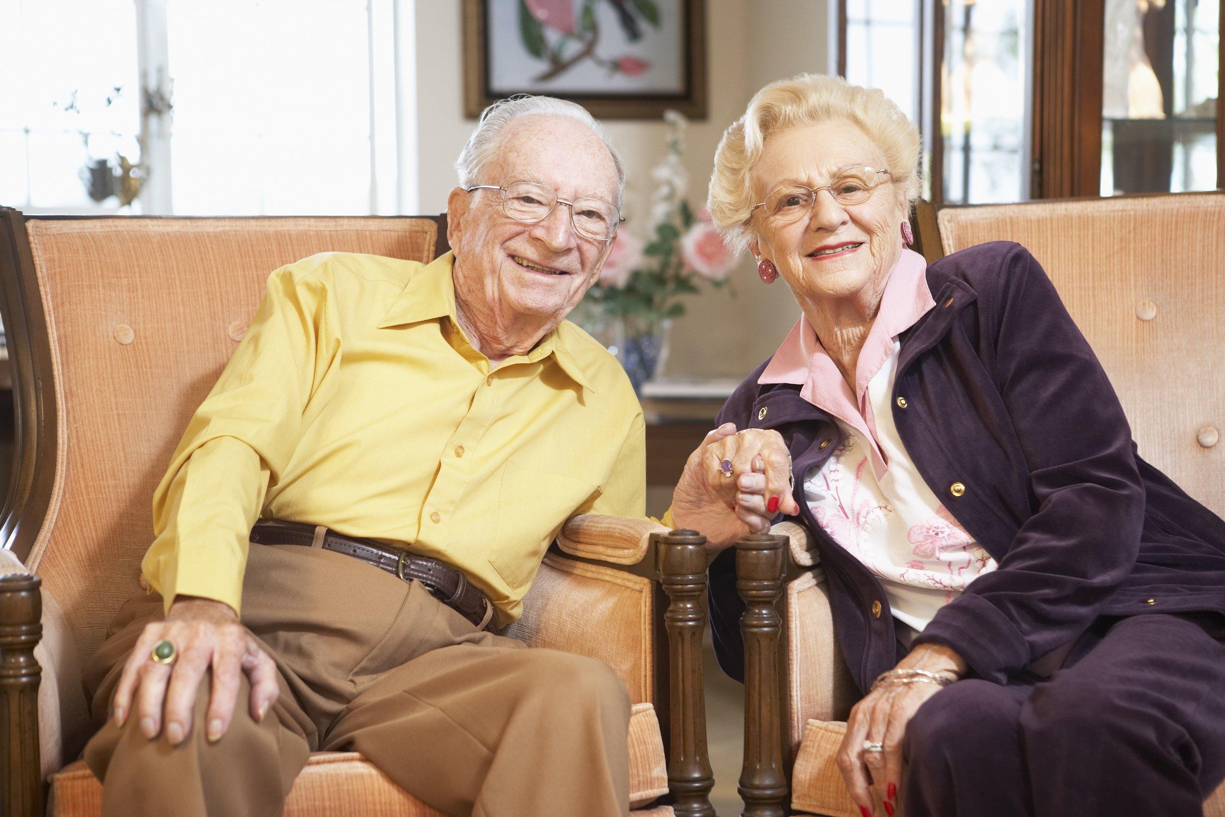 Couple holding hands.jpg