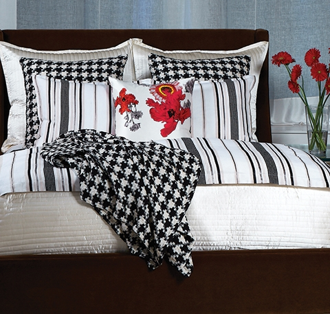 Black and white patterned linens